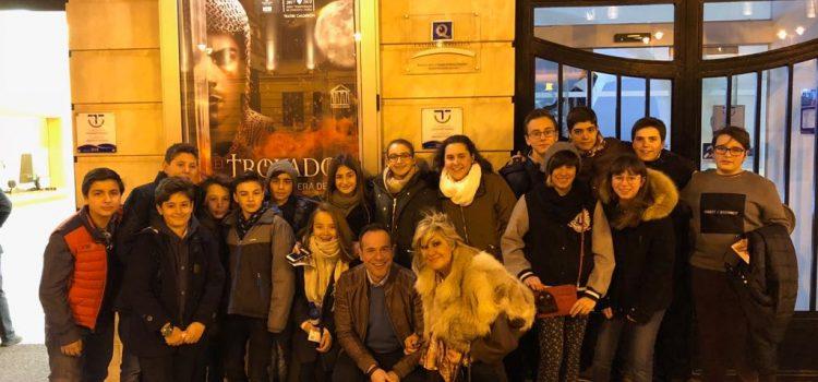 Alumnos de La Salle Alcoi acuden a la ópera