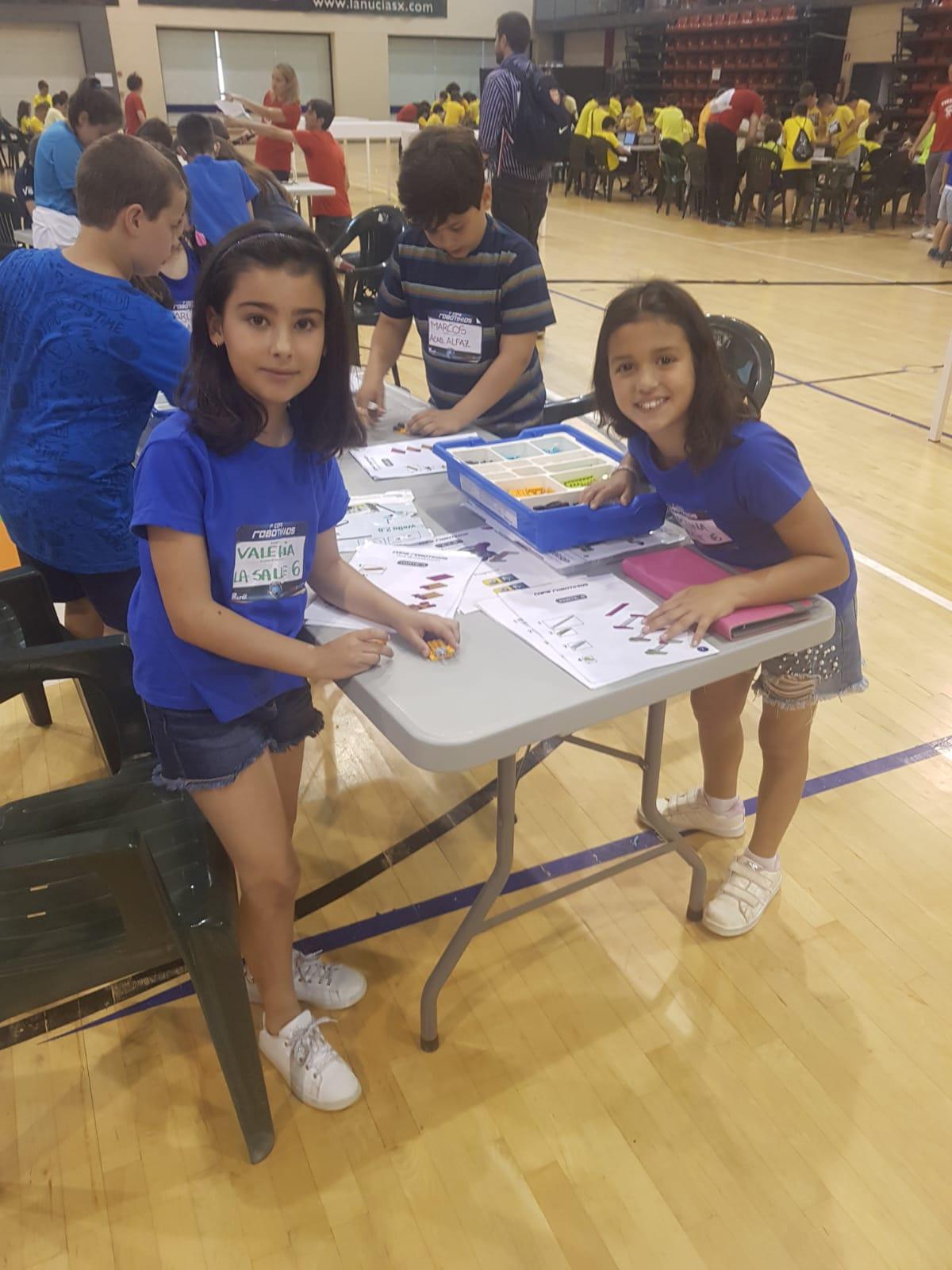 Alumnos de La Salle Alcoi participan en la I Copa Robotikids