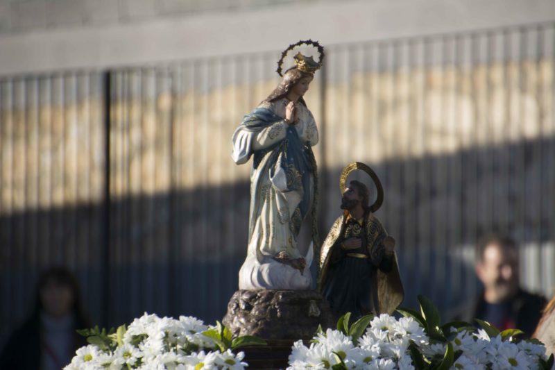 La Salle Alcoi acoge la imagen peregrina de la Virgen de los Lirios, patrona de Alcoi