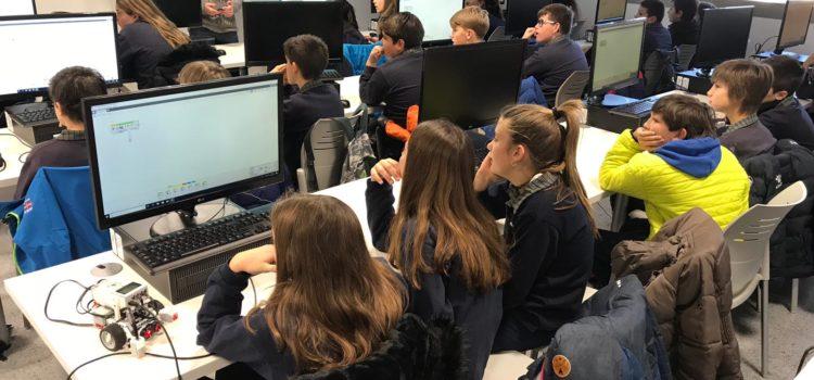 Alumnes de La Salle Alcoi descobreixen la màgia de la ciència