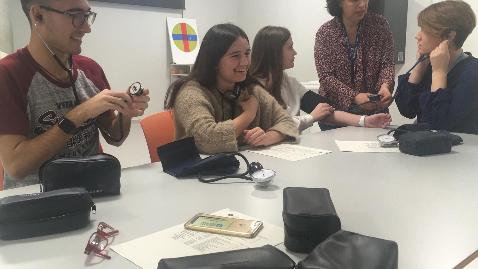Alumnos de Bachillerato de La Salle Alcoi visitan la Universidad
