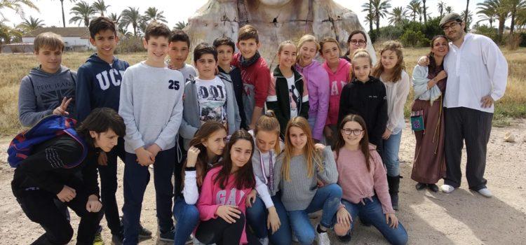 Alumnos de La Salle Alcoi visitan el yacimiento arqueológico de L'Alcúdia en Elche