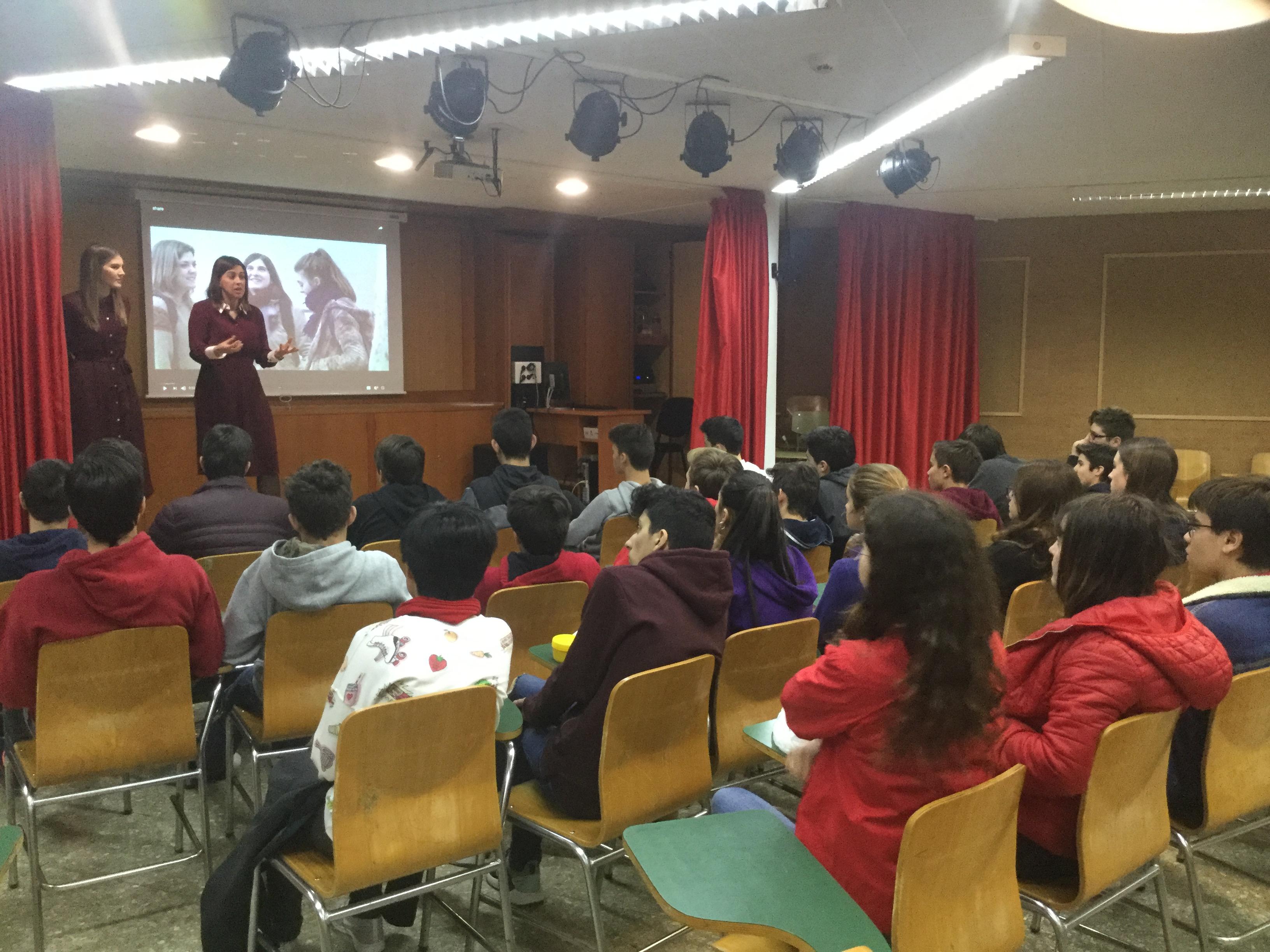 Taller de la Asociación de Jóvenes Abogados de Alcoi (AJA) para alumnos de La Salle Alcoi