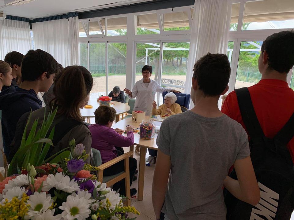 Alumnos de La Salle Alcoi visitan el Centro de Respiro Solroja